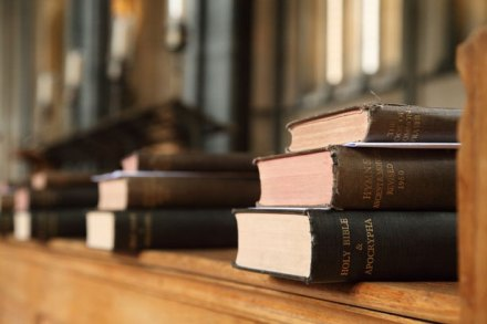 books-in-church-112798163112h8x